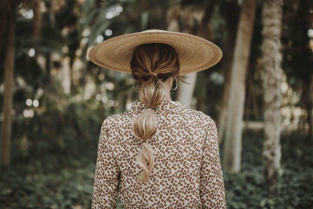 bridalada-invitada-traje-chaqueta-pantalon-perfecta-pamela-sombrero-rental-mode-ernesto-villalba-boda-3