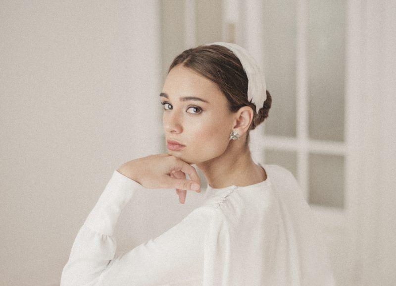 Vogue-Oui-Novias-maquillaje-y-peluqueria-para-novias-e-invitadas