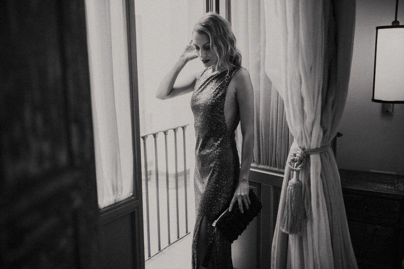 invitada-bridalada-lentejuela-paillette-nochevieja-invitada-perfecta-vestido-largo-1